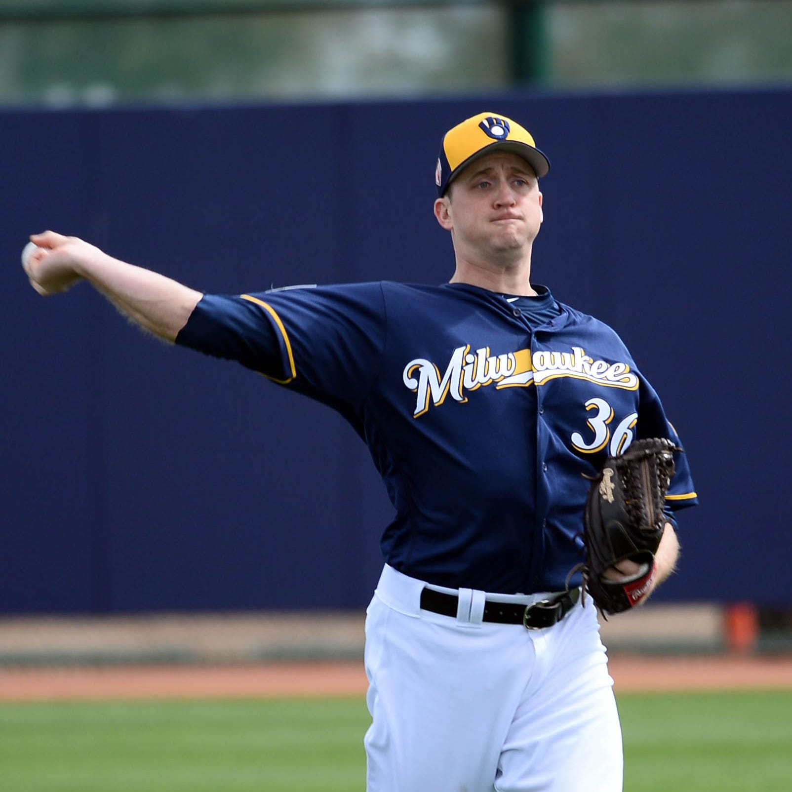 Brewers summon Jake Petricka from Class AAA, send Taylor Williams down to re-capture fastball command