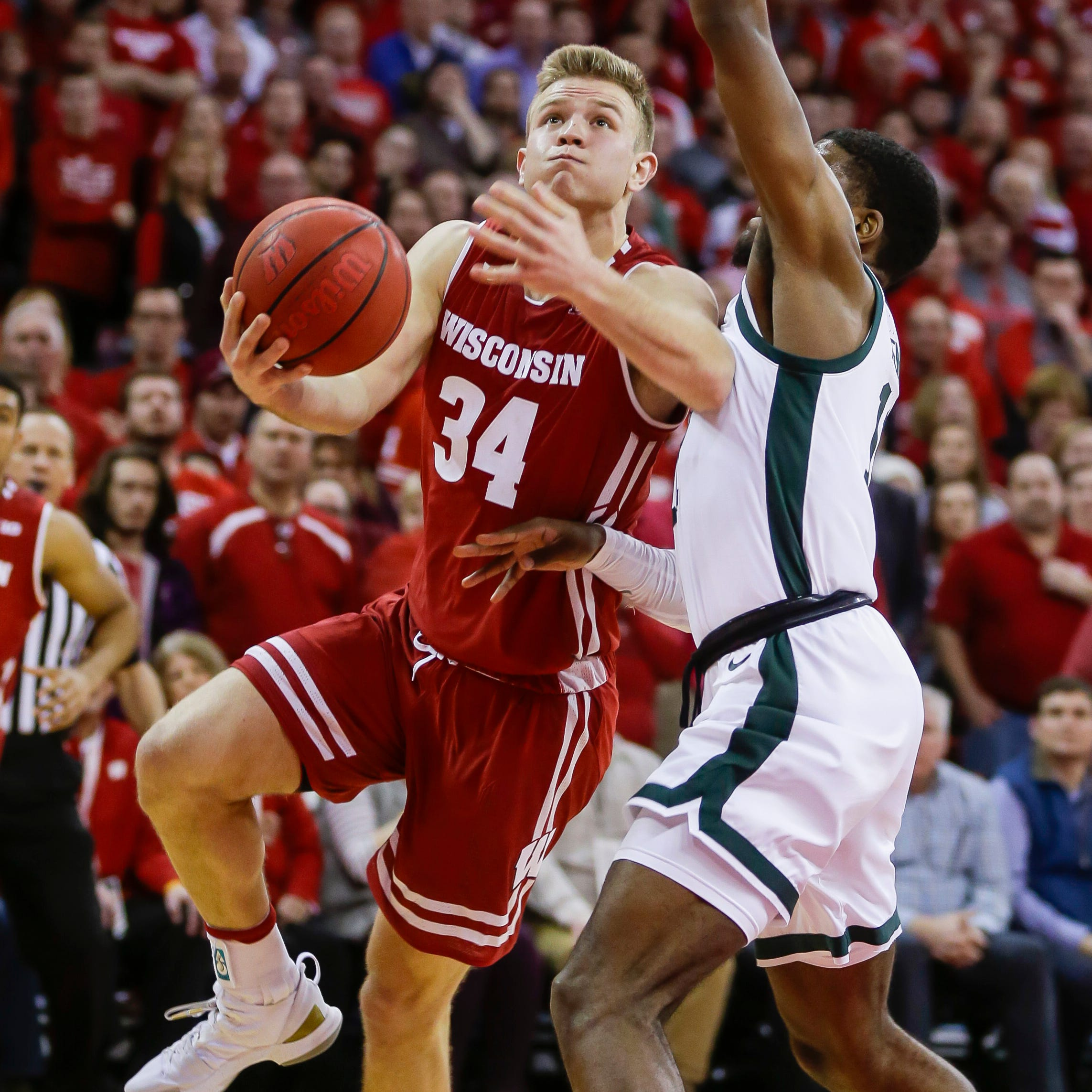UW's Brad Davison battling through tough times on and off the basketball court