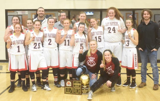 2018-19 1A-2 District champion Norfork Lady Panthers