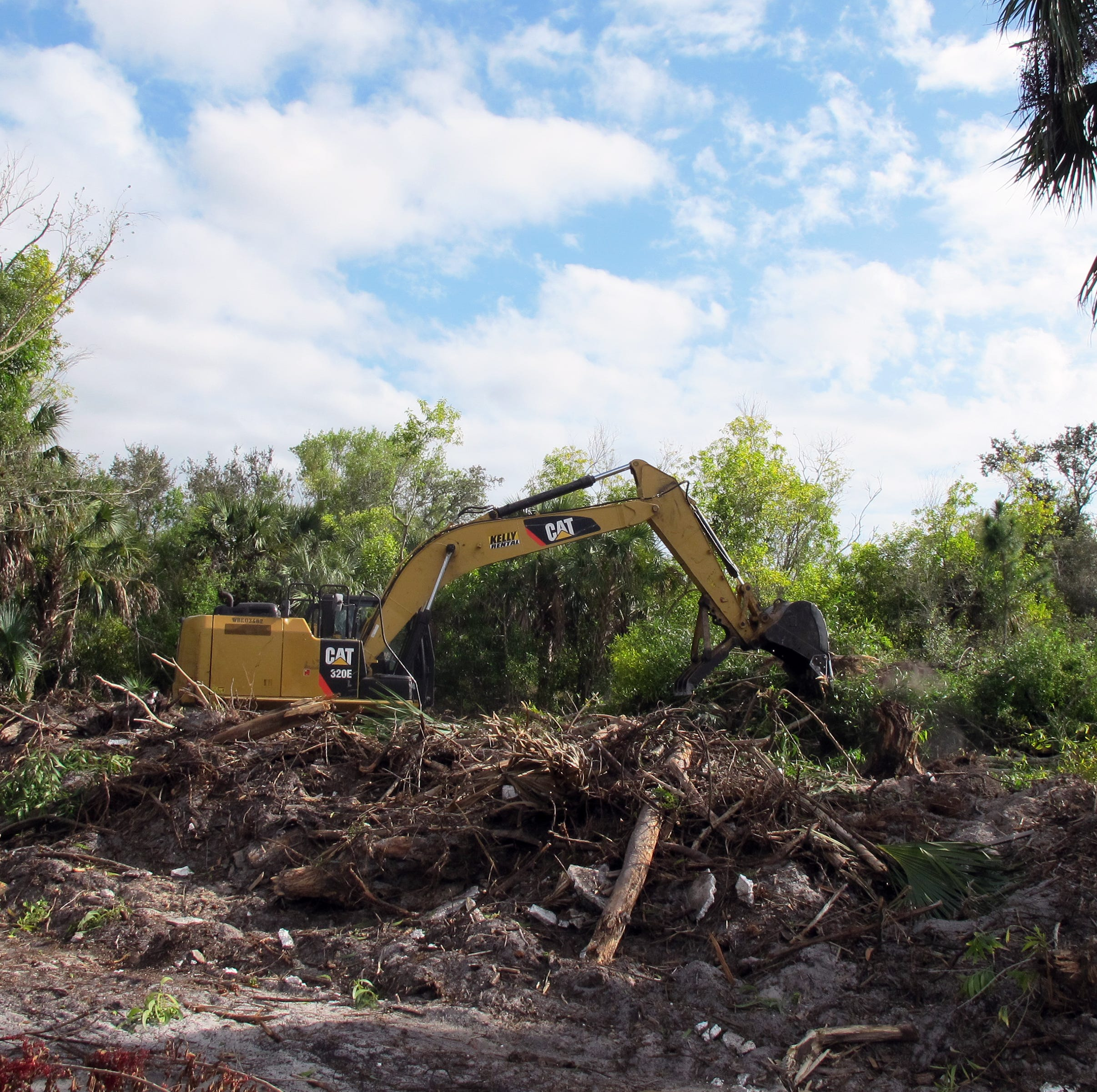 In the Know: Land cleared for 2 housing projects on Manatee Road