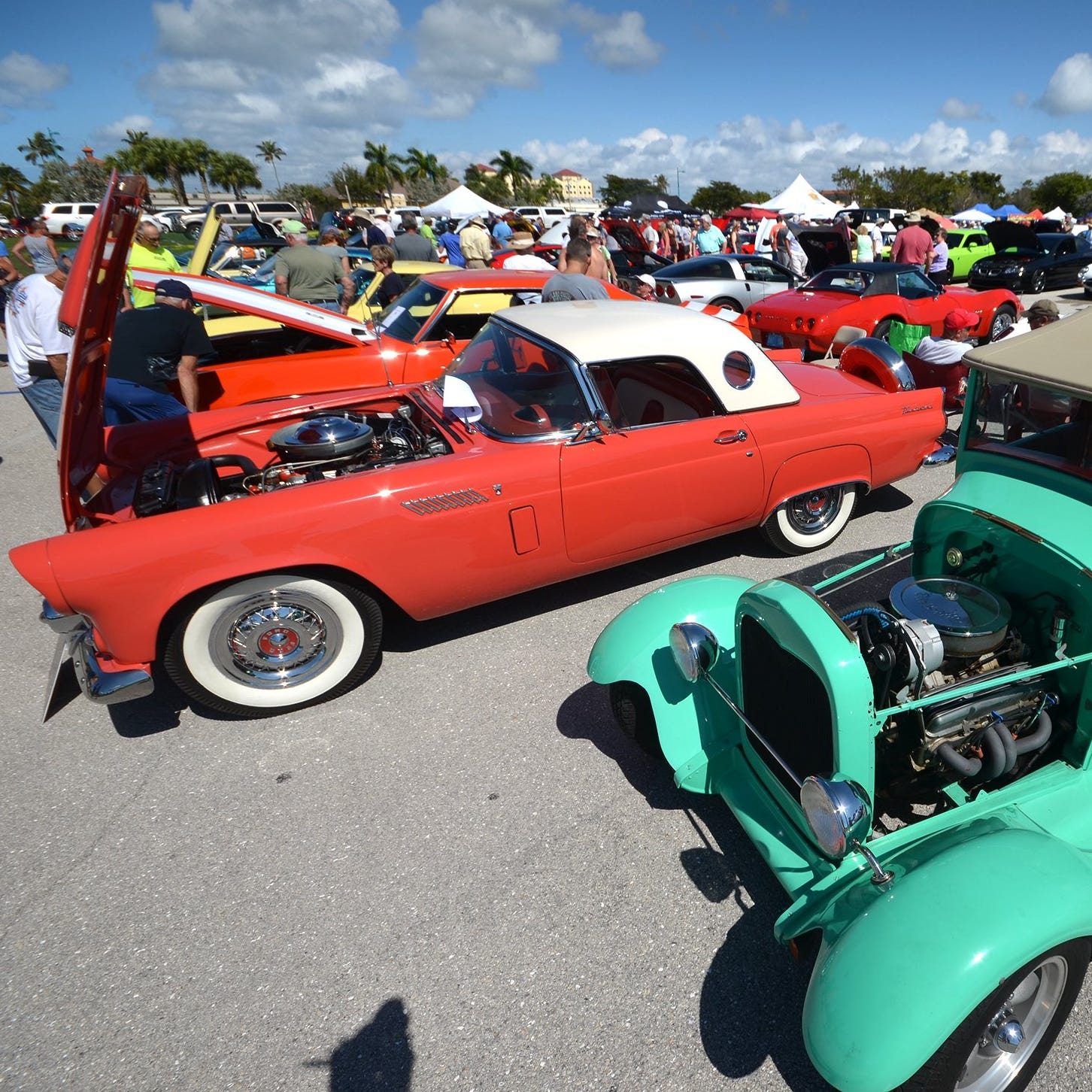 'REV'ere: Kiwanis car show brings thousands to Veterans' Park