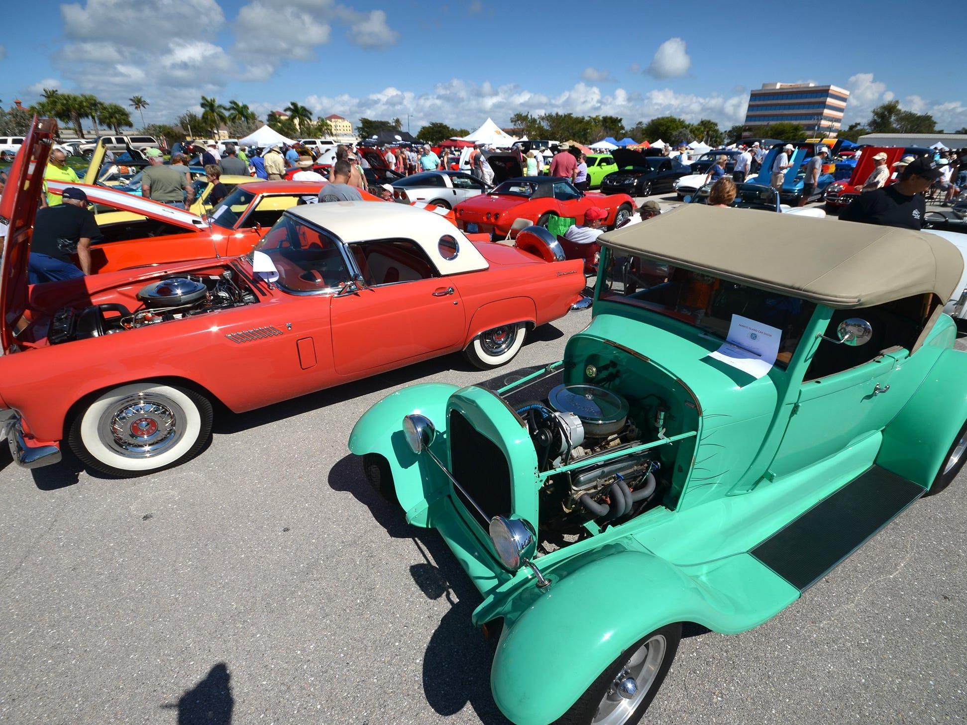 From a '56 T-Bird to a '29 Ford street rod, the show had something for everyone. The annual Kiwanis car show brought 170 collectible cars and thousands of car enthusiasts to Veterans Community Park on Marco Island Sunday.