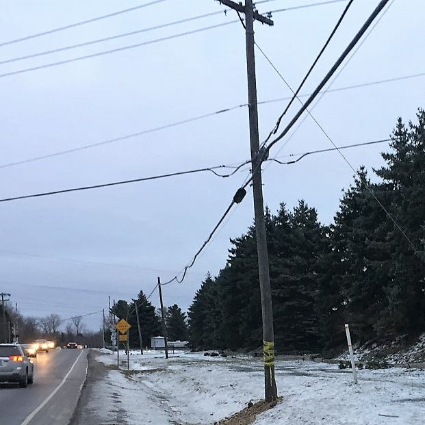 Canton crash causes power outage; fleeing driver apprehended