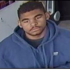 Phoenix police looking for man who stole cash, iPhones from Boost Mobile store