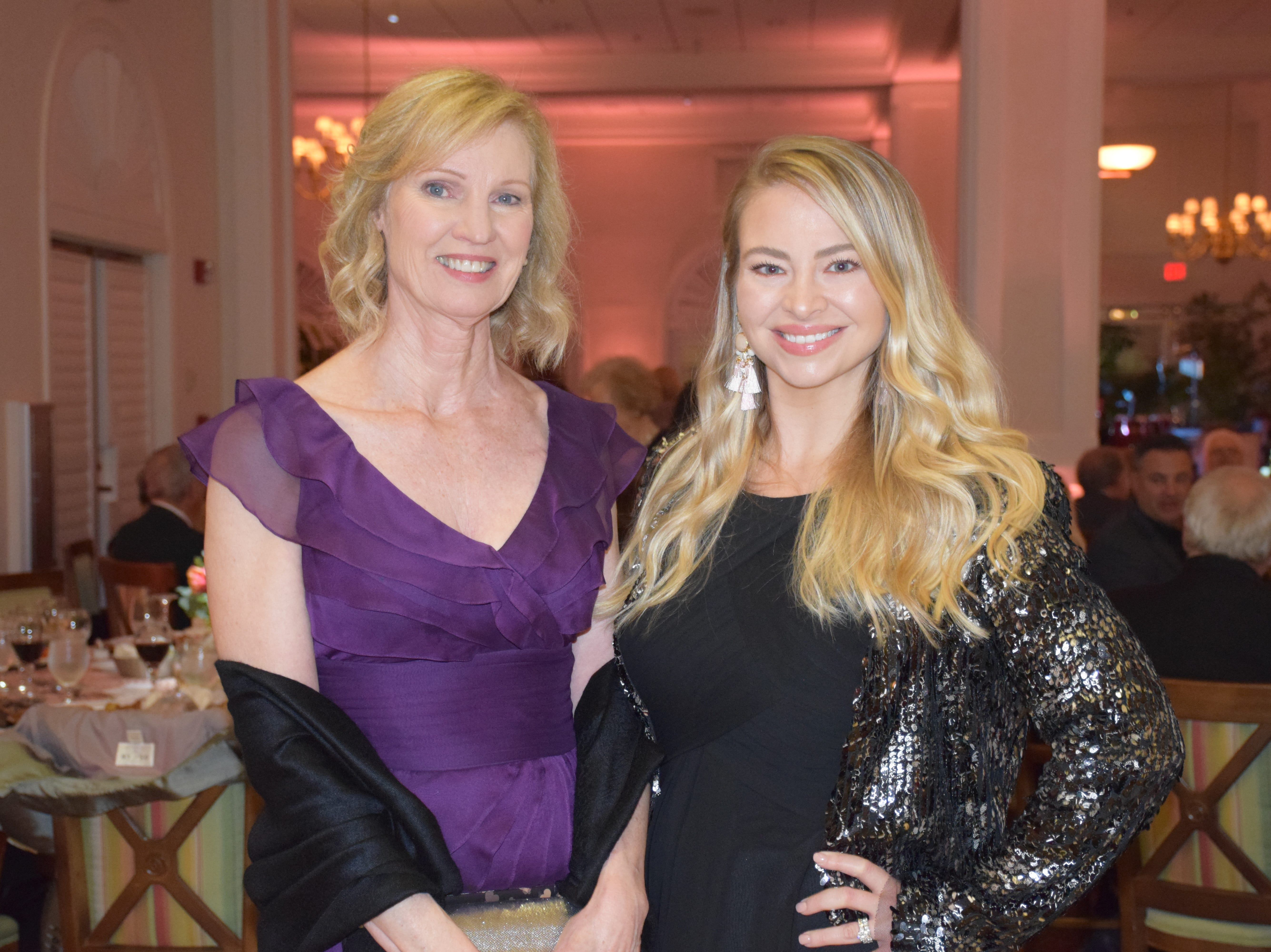 Stephanie and Samantha Whitley