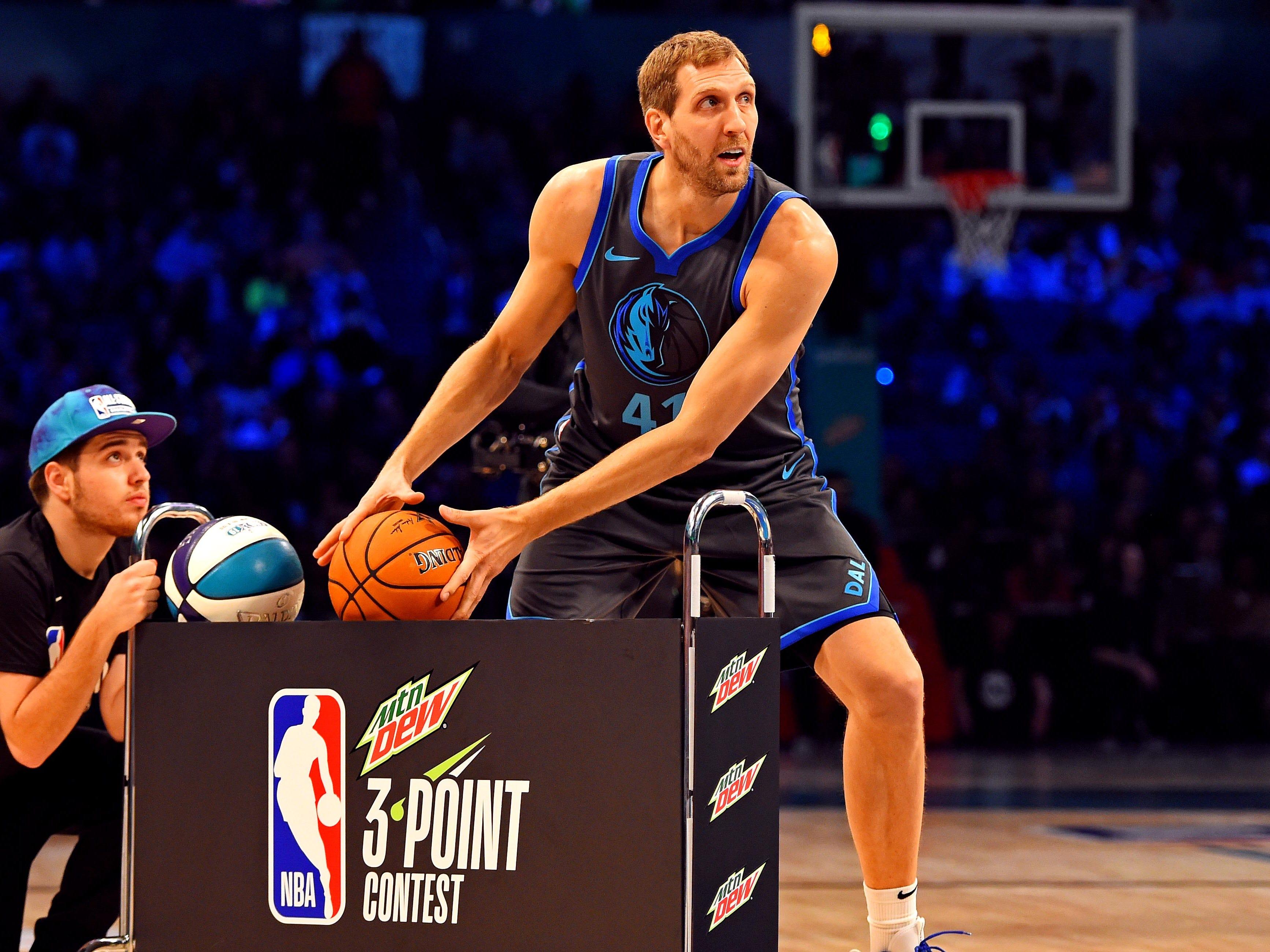 Dirk Nowitzki in the 3-Point Contest.