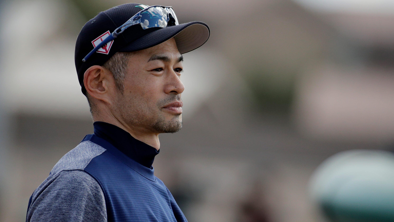 e3a88fb87f 'He's like a folk hero': 45-year-old Ichiro continues to awe at Mariners  spring training