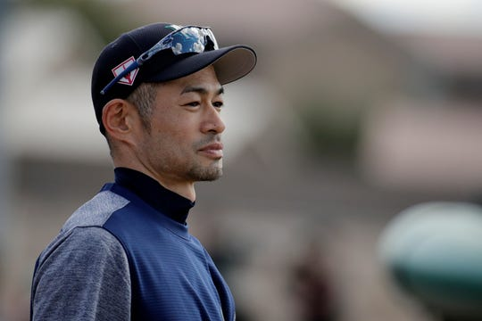 Ichiro Suzuki waits to take batting practice on Saturday.