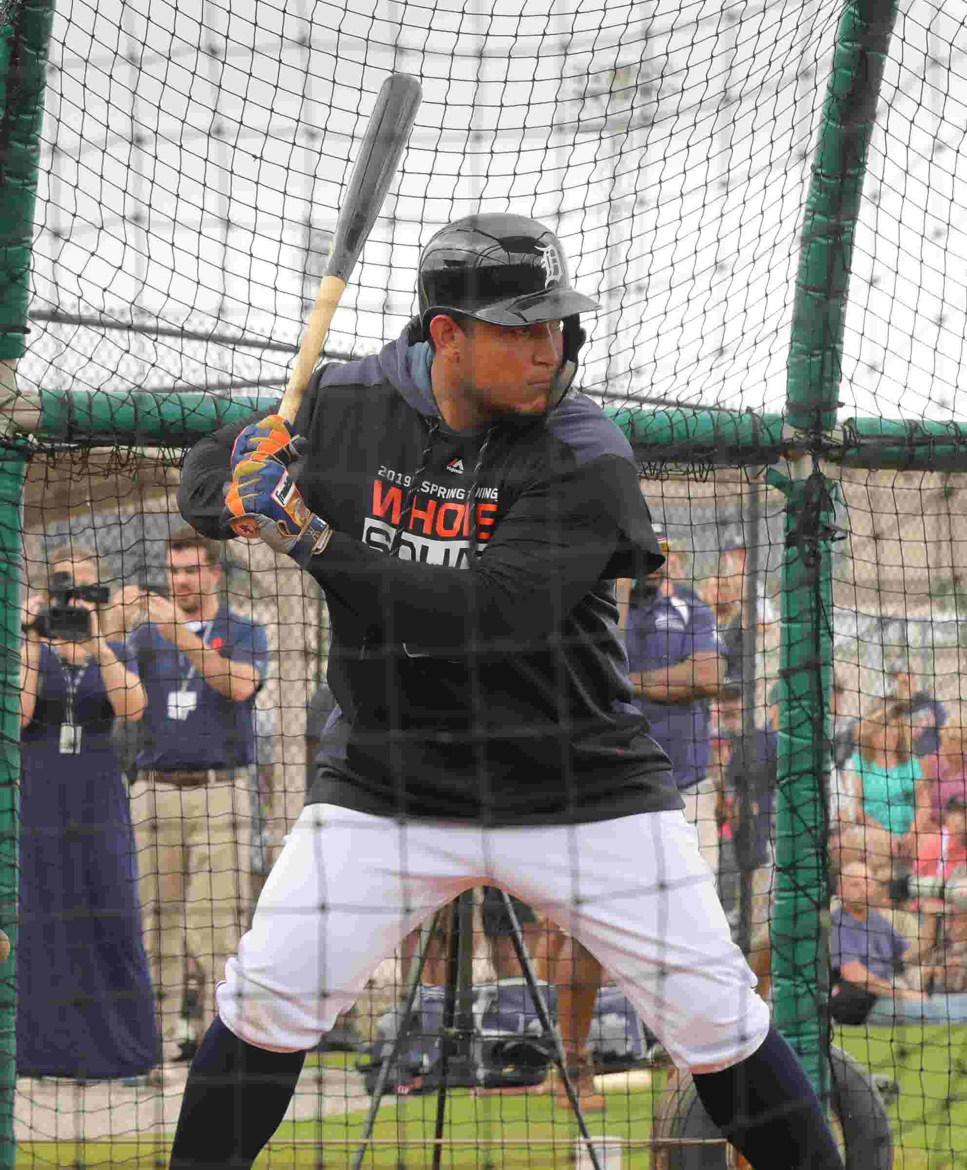 Detroit Tigers star Miguel Cabrera's swing in slow motion