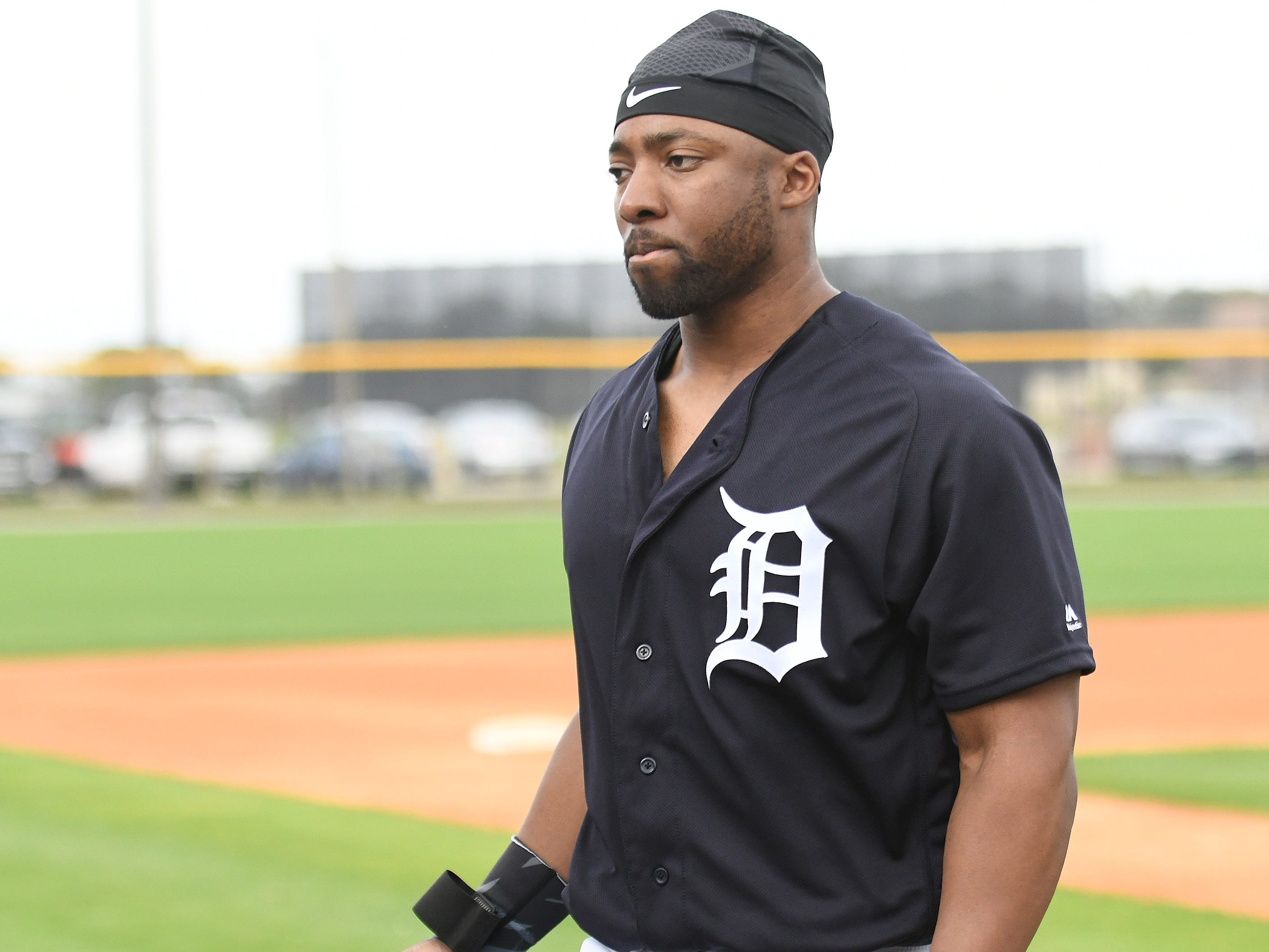 Tigers' Christin Stewart heads to the next diamond at the first full squad workout.