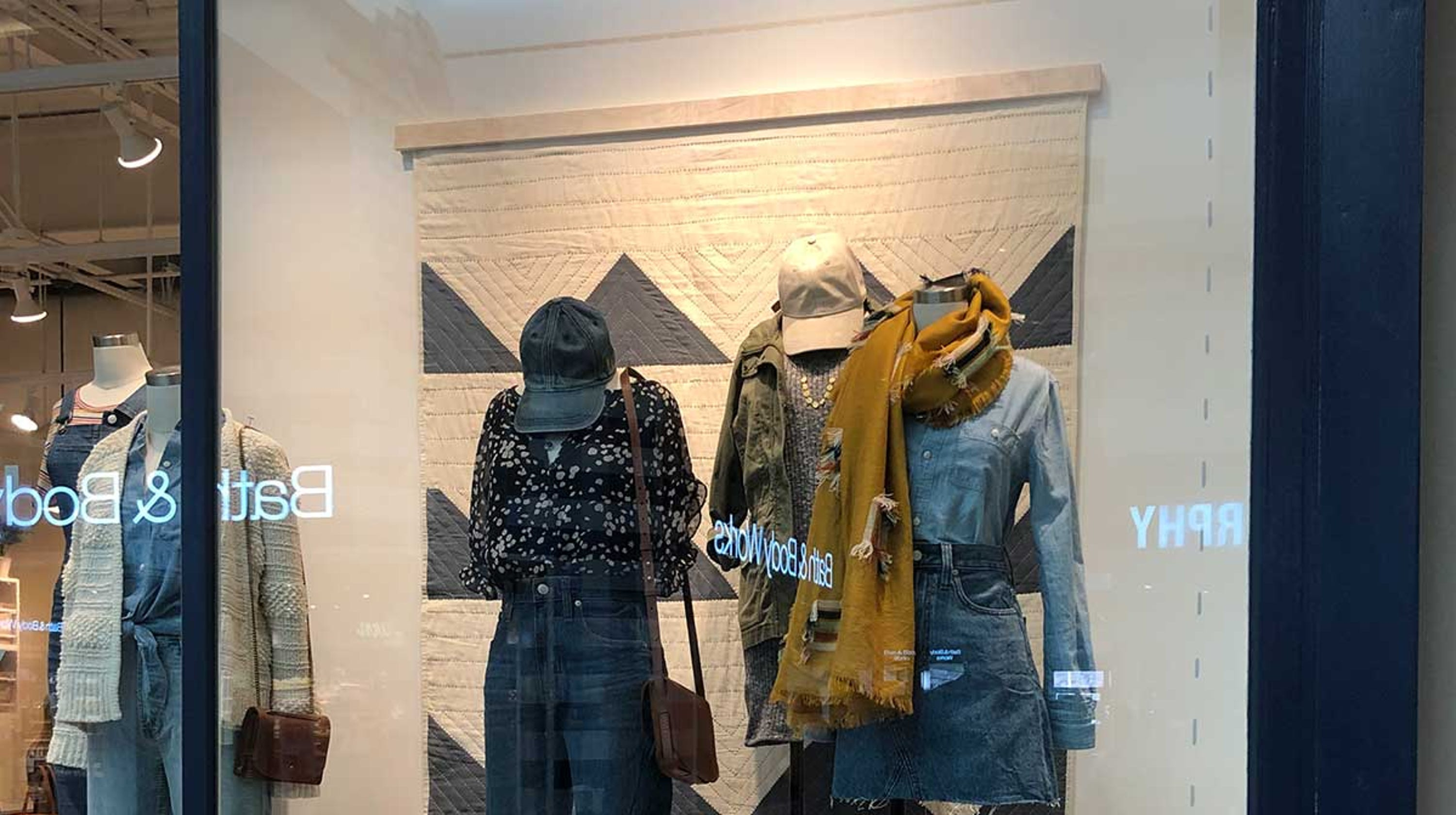 2ab297058c5 Madewell partners with Anchal Project