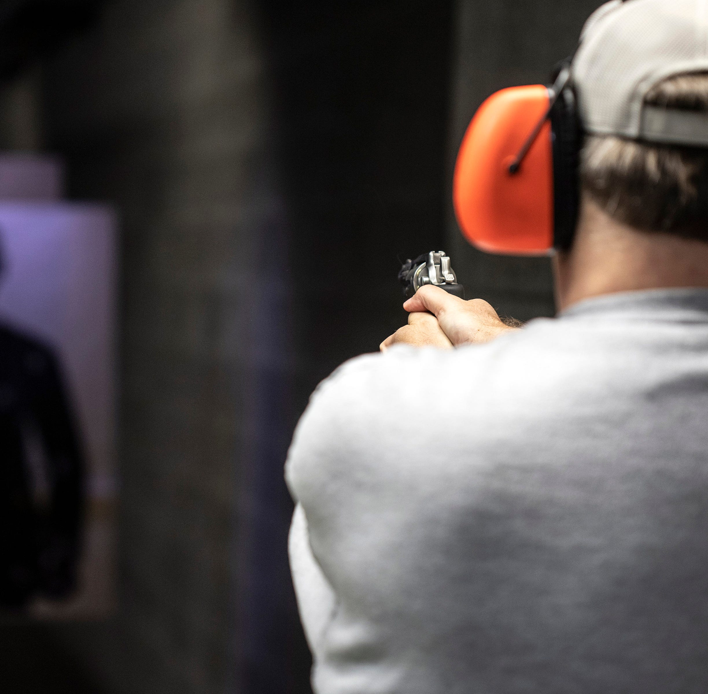 I have zero experience with a handgun. But Kentucky says I'm an expert