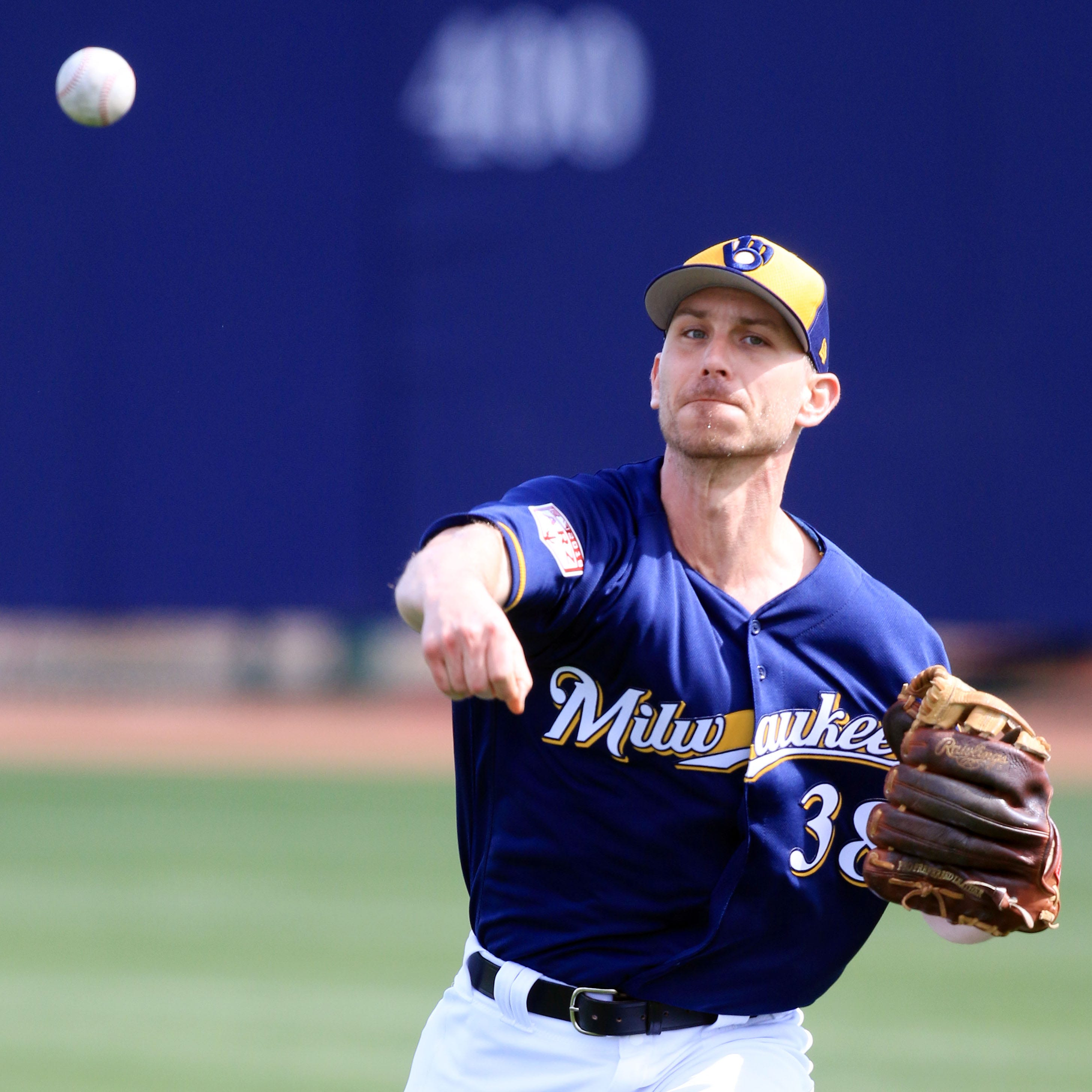 Brewers hoping to catch lightning in a bottle again with Josh Tomlin