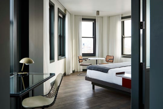 The Robey Hotel on Chicago's near north side features midcentury modern furniture.