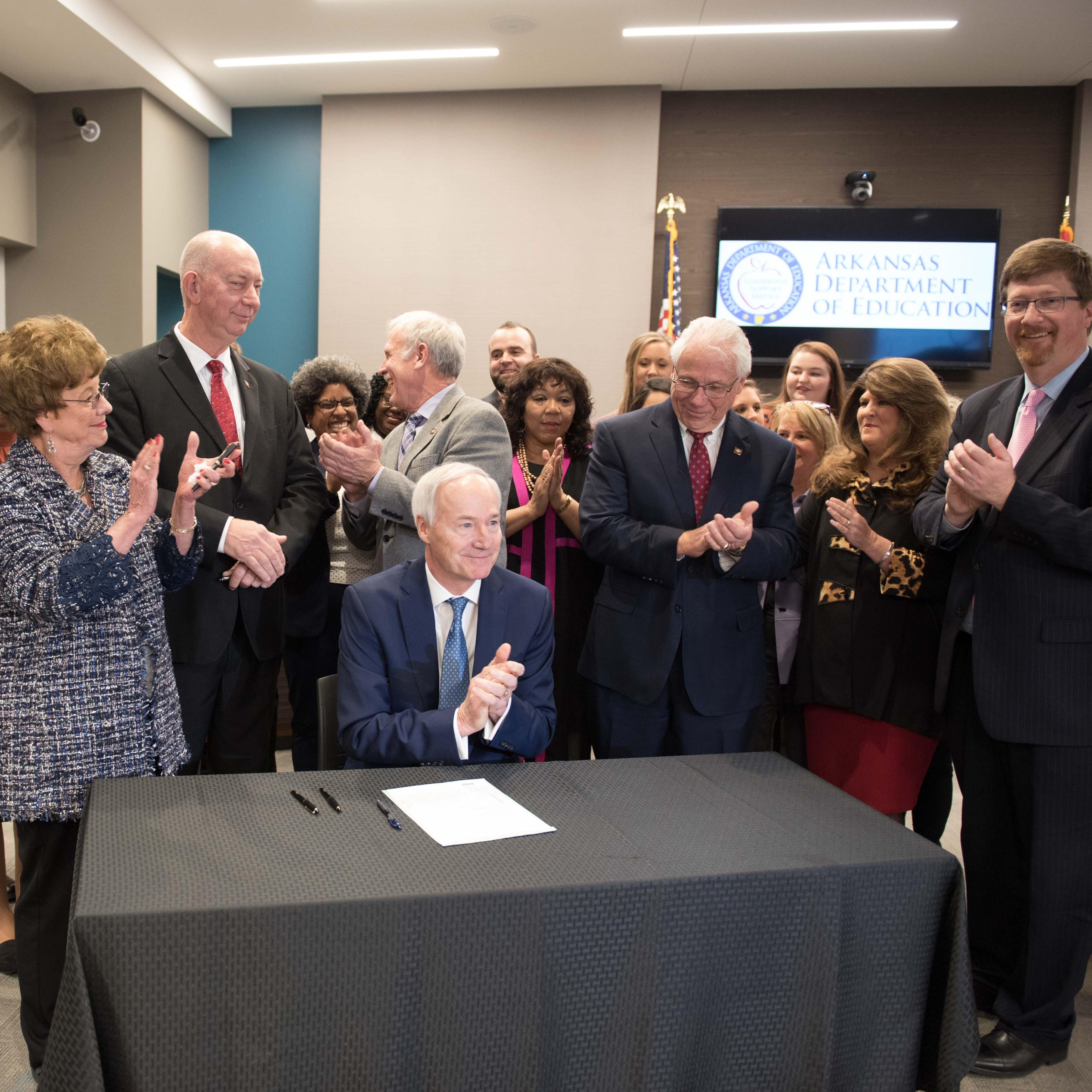 Governor signs bill increasing teachers' pay
