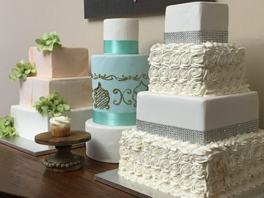 Some of the cake samples available for browsing at Southern Charm Bakery and Cupcakery.