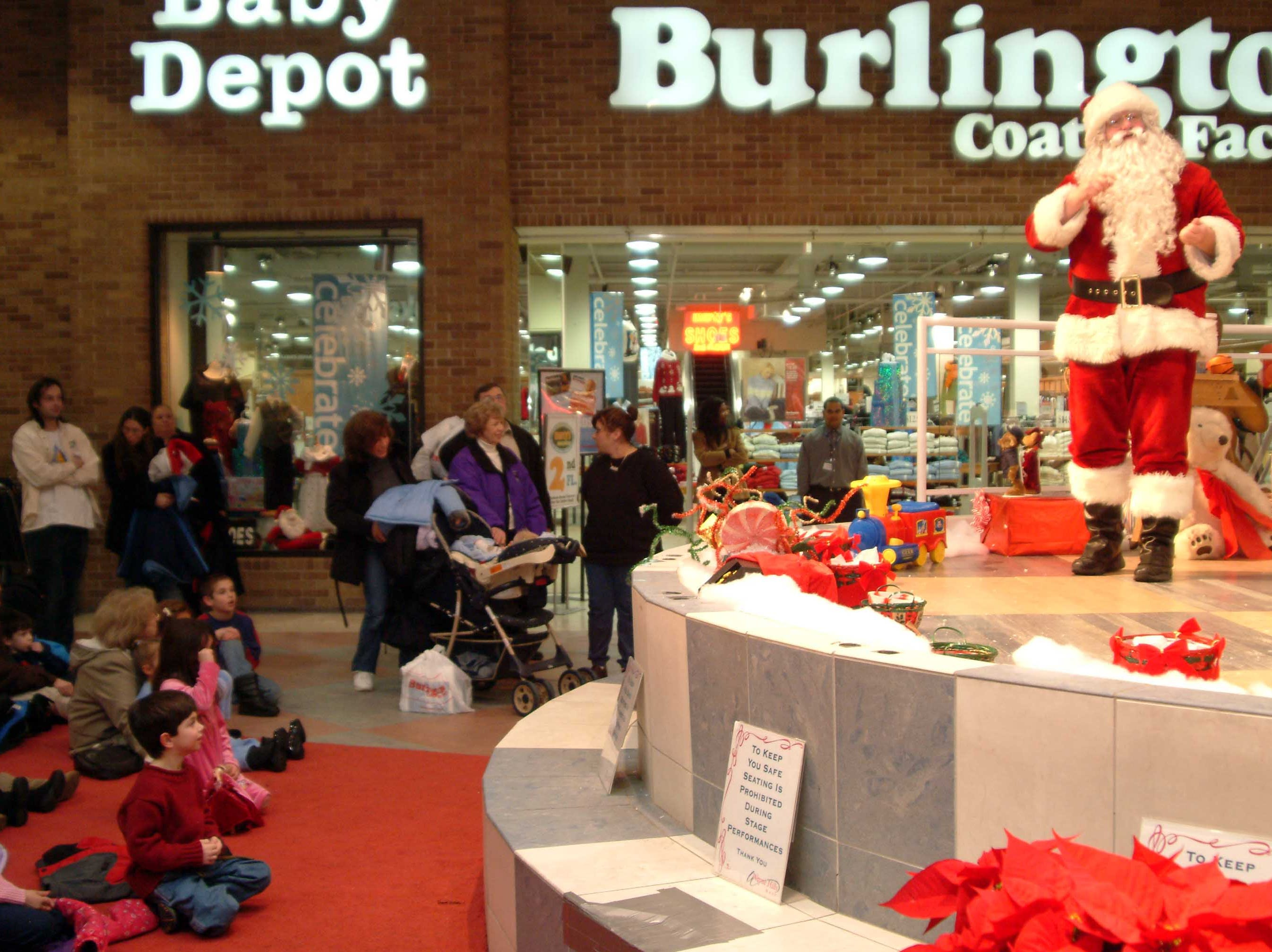 Santa at Wayne Hills Mall in 2002.
