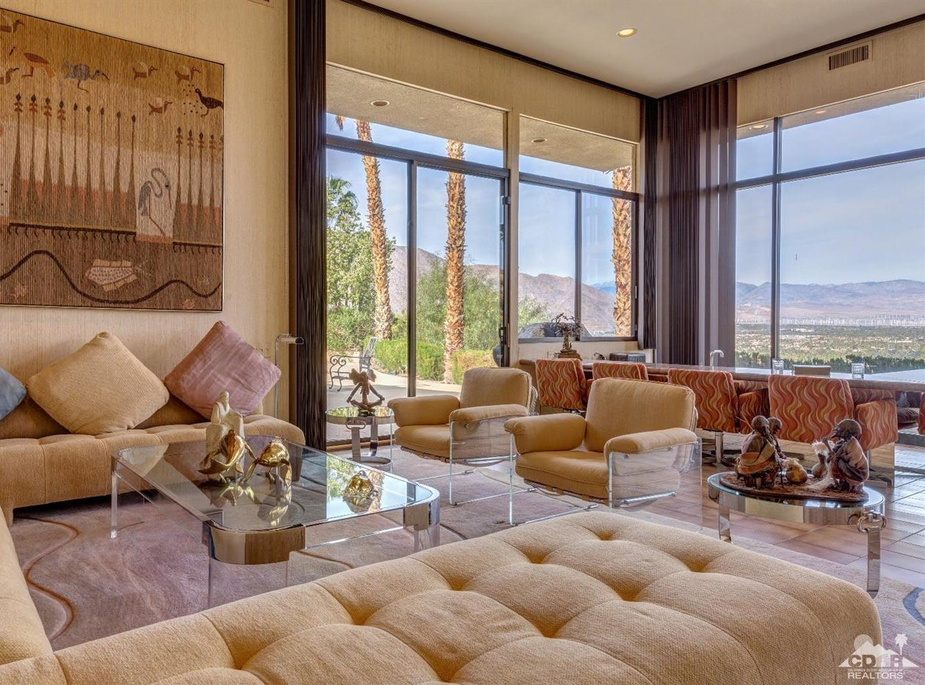Suzanne Somers and her manager-husband, Alan Hamel, bought a hillside home in January near Bob Hope's old house for $2.35 million.