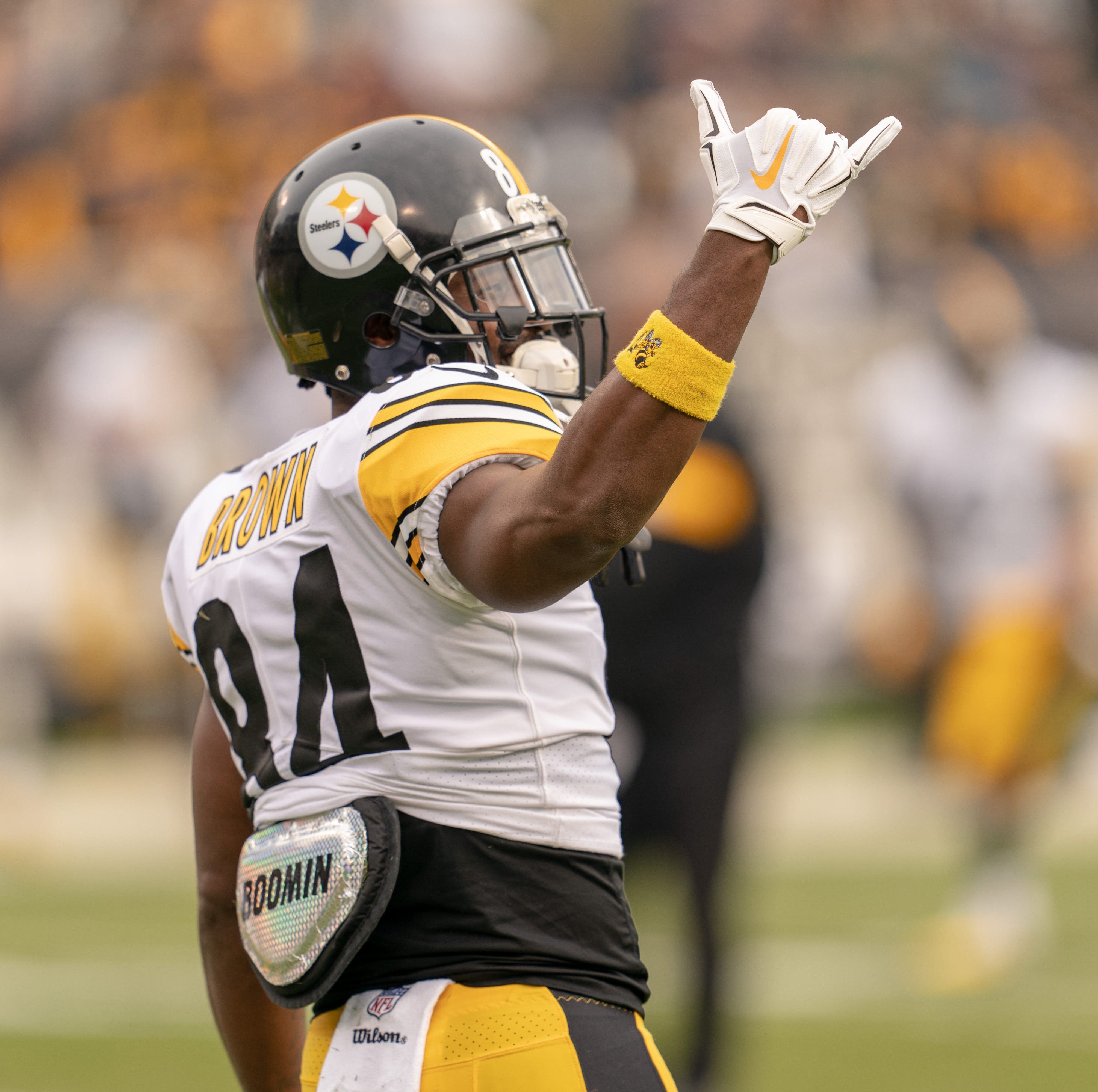 Antonio Brown to Cardinals: What would it cost Arizona to trade for Steelers wide receiver?