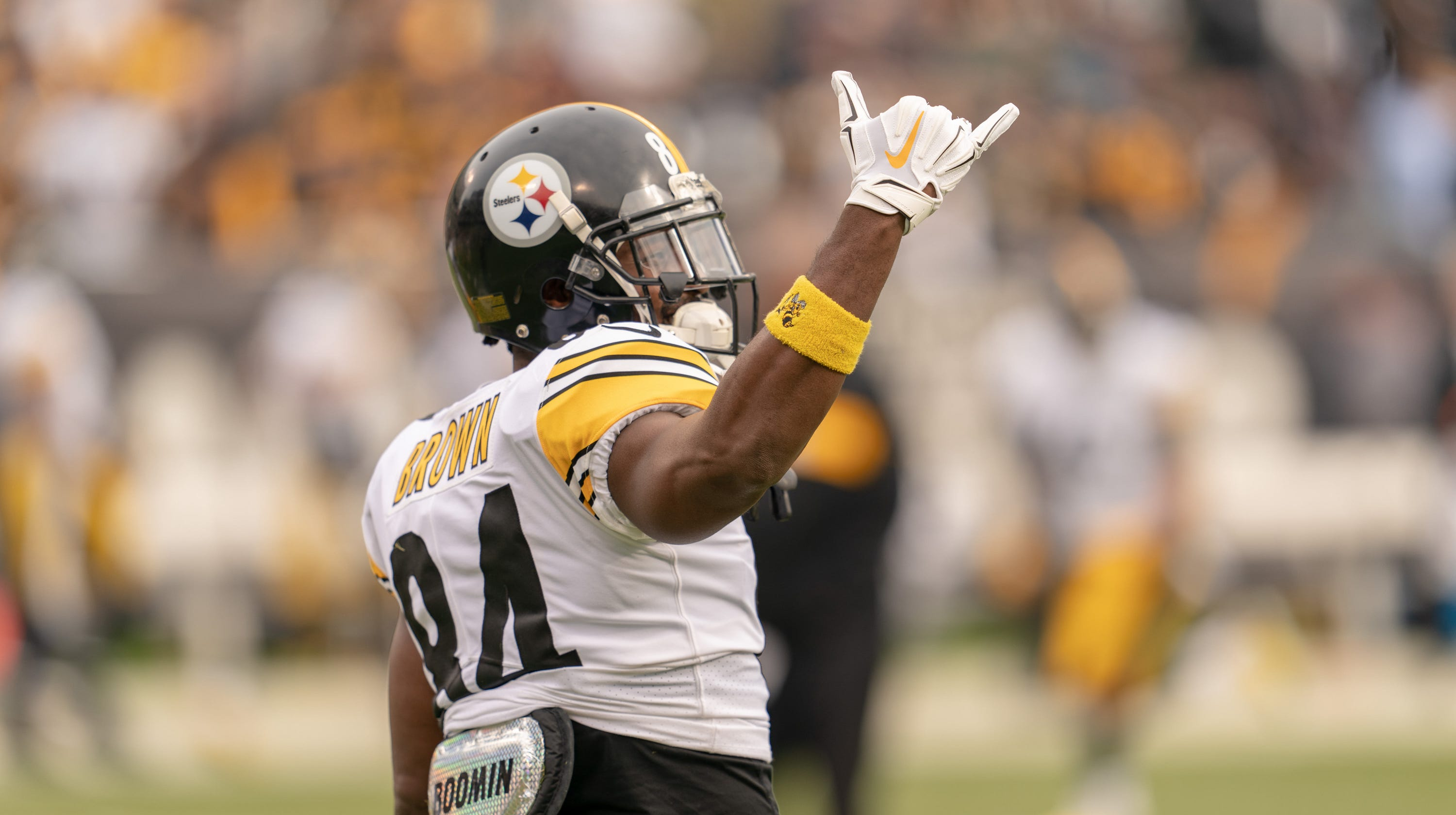 antonio-brown-to-cardinals-what-would-it-cost-arizona-to-trade-for-steelers-wide-receiver