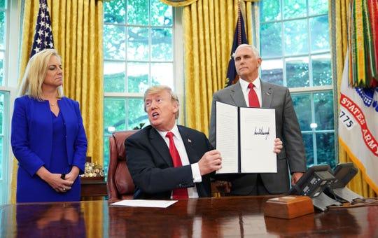 Donald Trump, dispuesto a vetar impugnaciones por su declaración de emergencia.