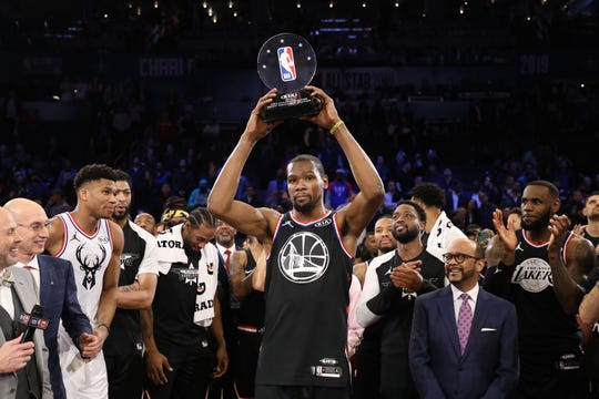 Las mejores imágenes del Juego de Estrellas de la NBA 2019 celebrado en Charlotte, Carolina del Norte, mismo que ganó el equipo LeBron 178-164 al Equipo Giannis