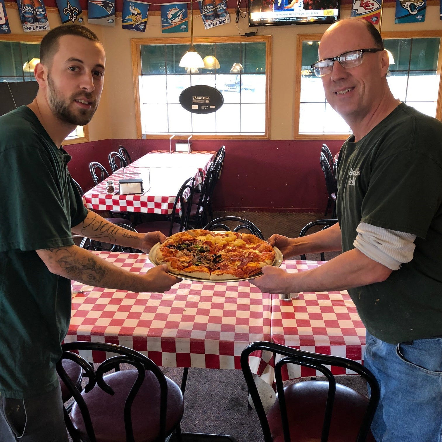 Dining out: Market Street Pizza home to one of the best lunch deals in town