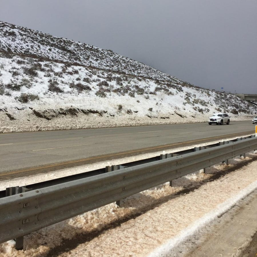 Grapevine reopens after snow, accidents snarl traffic on Interstate 5