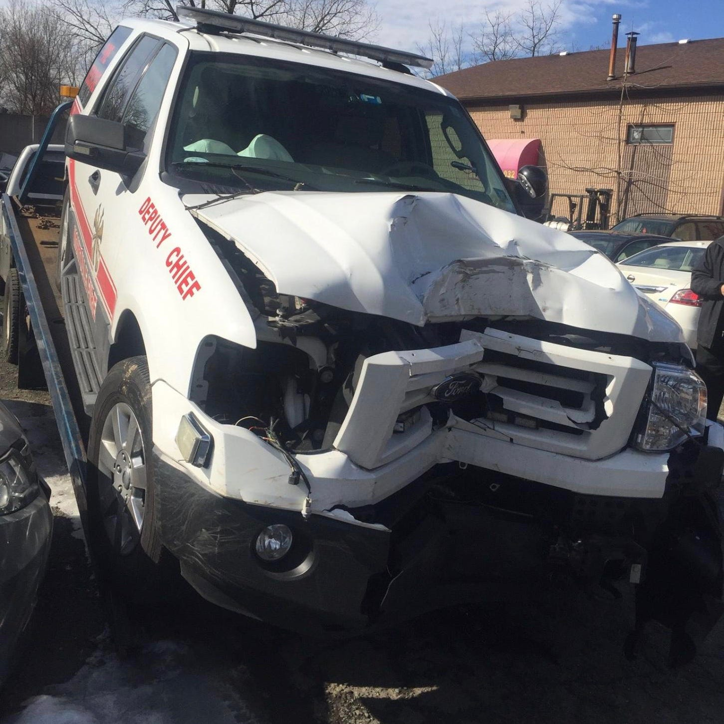 Montvale, NJ, deputy fire chief drunkenly crashes department SUV in Rockland: Cops