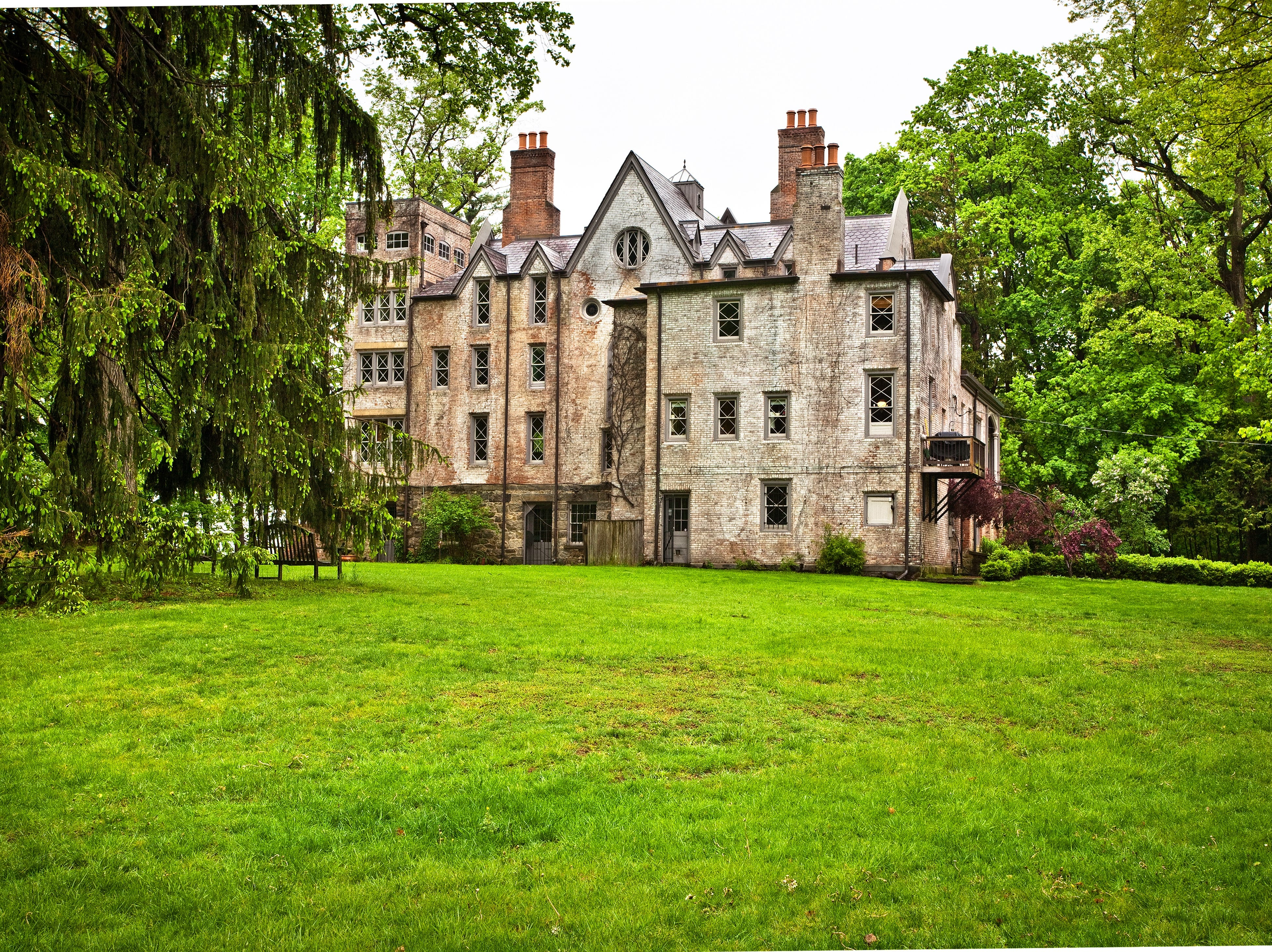 19th century Hudson River estate, built for a U.S. Attorney General, on the market for $5M