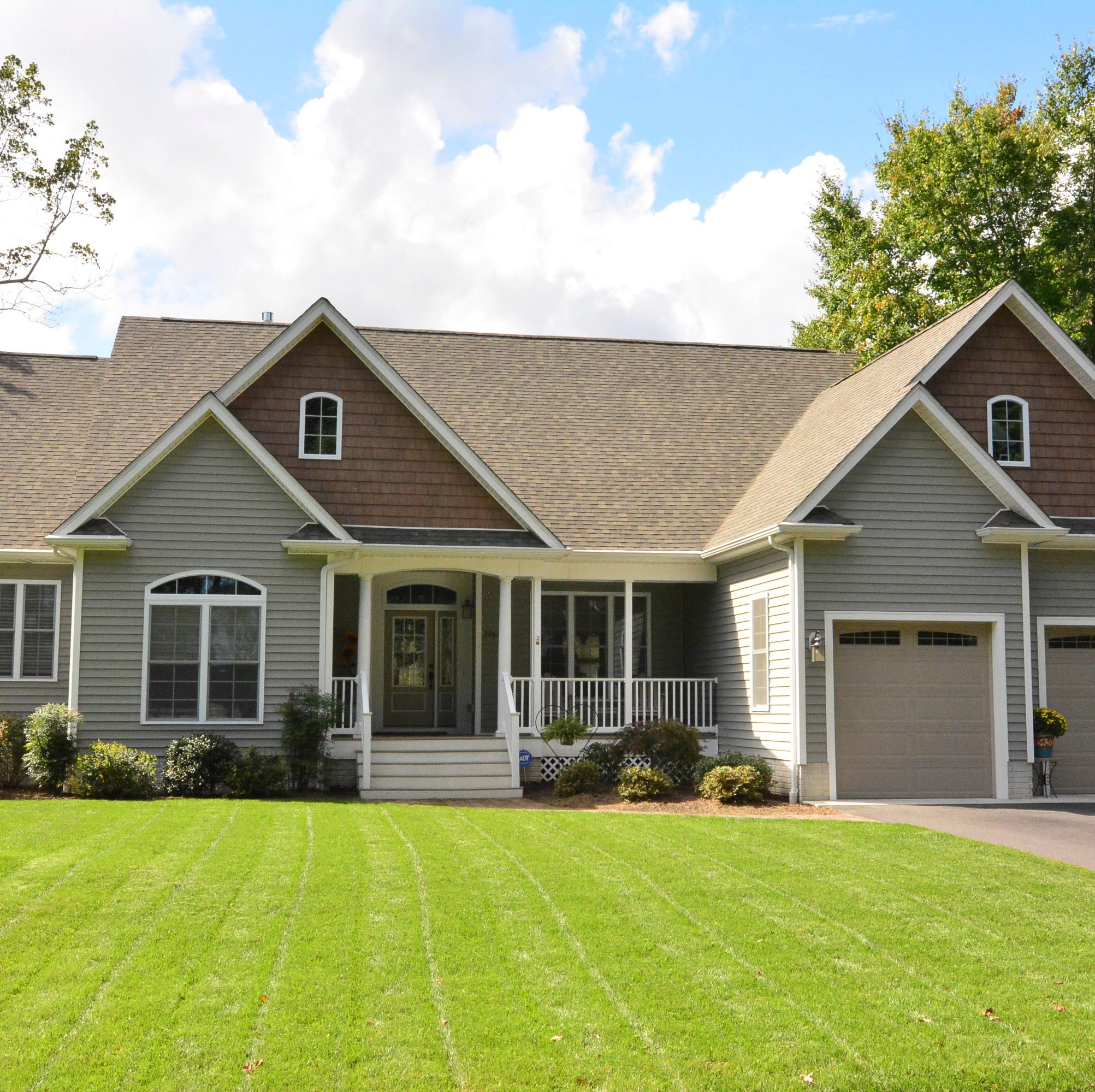 Delaware Spaces: 29618 Turnberry Drive