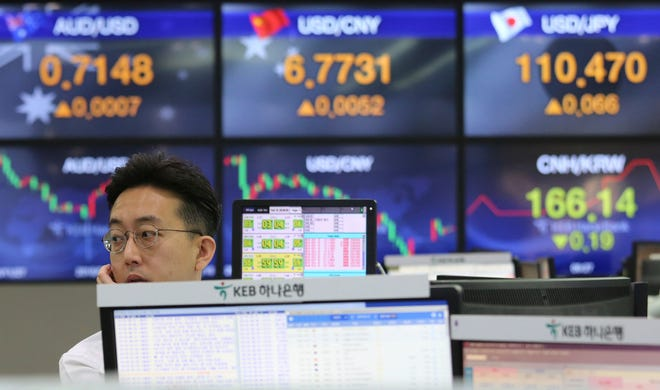 Asian markets were broadly higher on Monday as traders looked forward to the continuation of trade talks between Chinese and American officials in Washington this week.