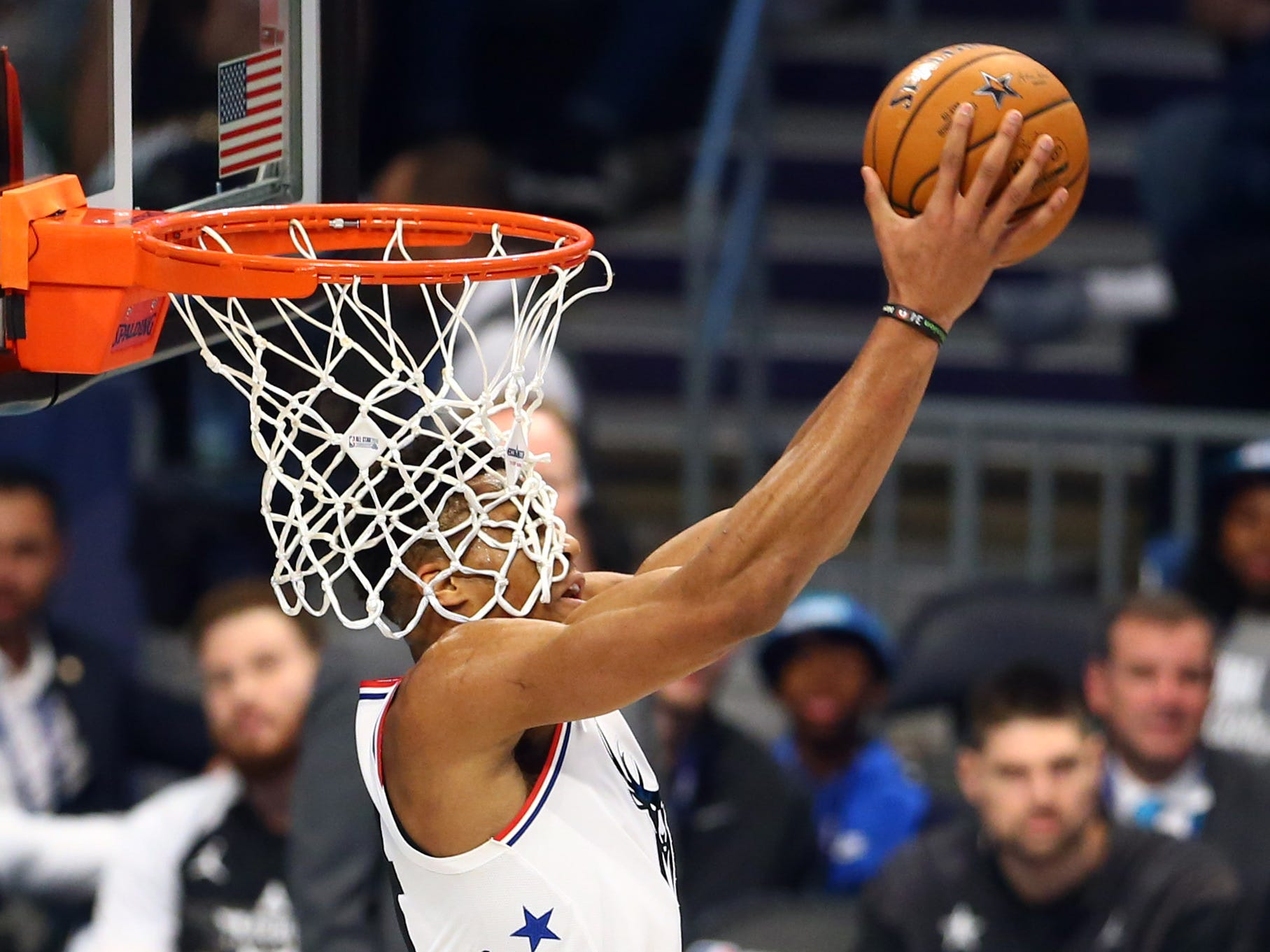 Giannis Antetokounmpo dunks the ball during the All-Star Game.