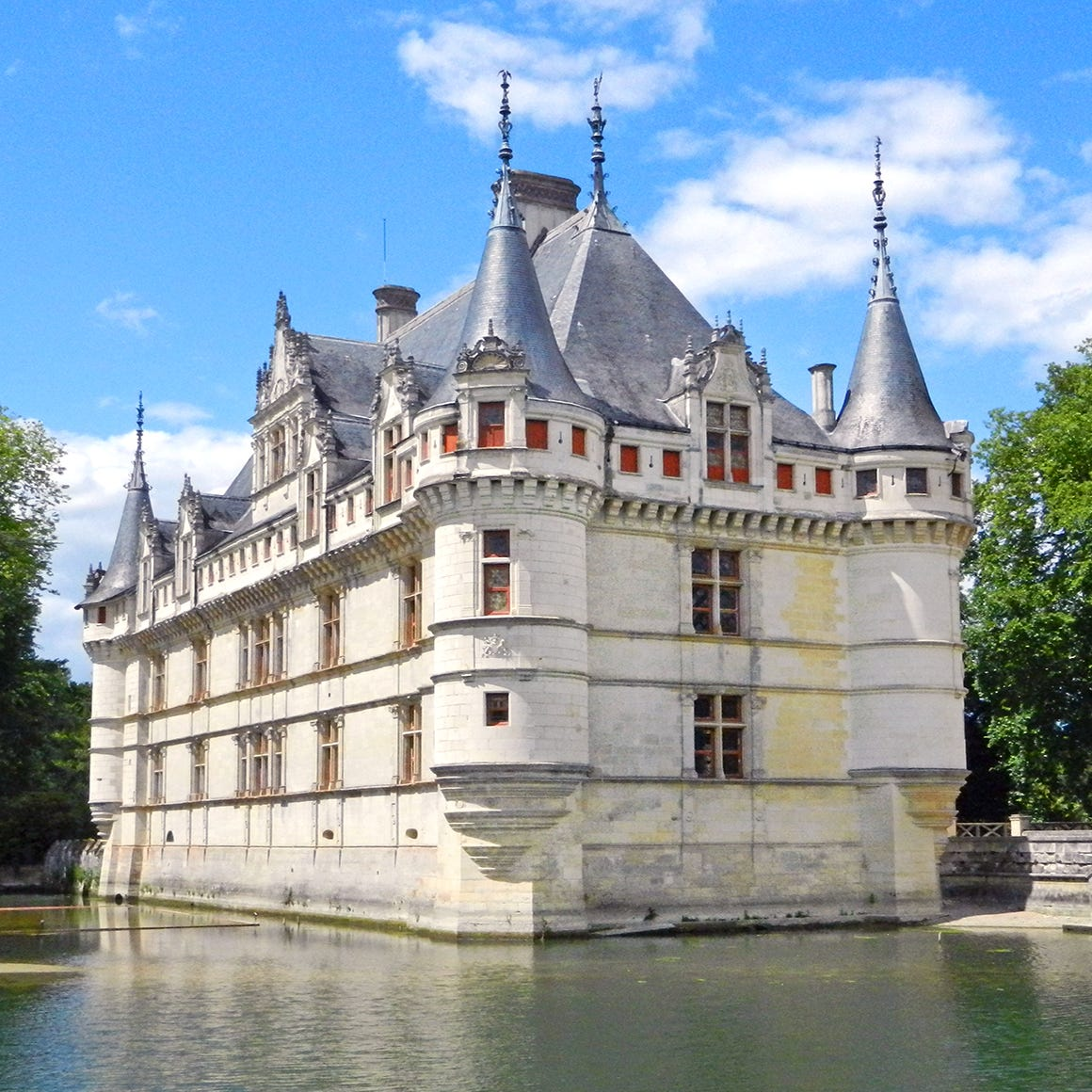 After several years of being covered in scaffolding, the Château d'Azay-le-Rideau has returned to its romantic glory.