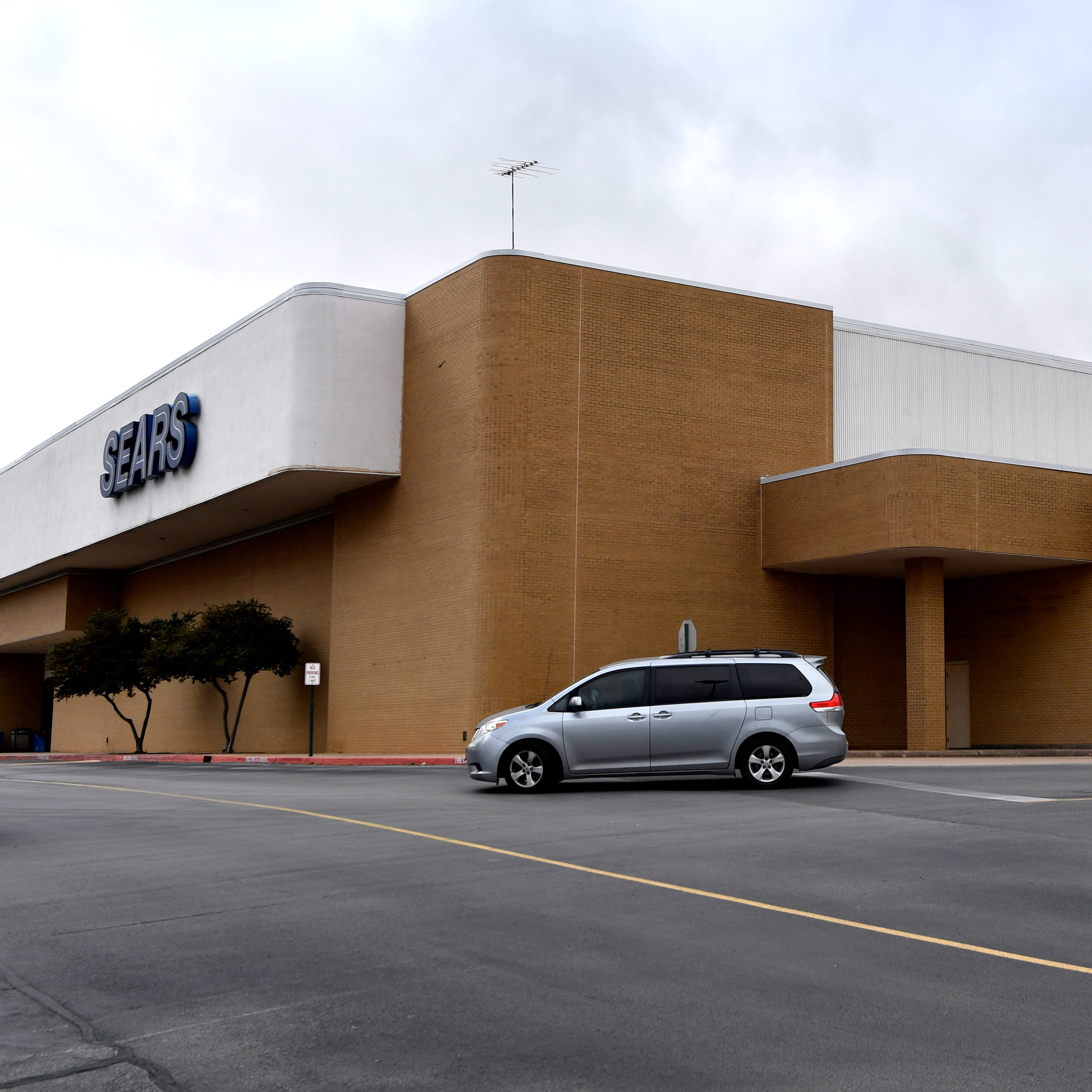Sears once dominated Abilene retail scene downtown, on Sayles and at mall
