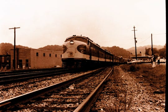 The No. 4 train at Biltmore Station as it heads on its final run from Asheville on Aug. 8, 1975.