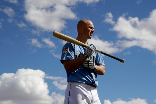 Seattle Mariners' Kyle Seager waits to bat during spring training baseball practice Saturday, Feb. 16, 2019, in Peoria, Ariz.