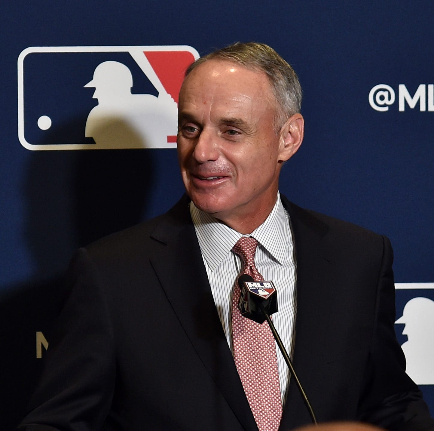 MLB commissioner Rob Manfred says it was important to him to attend Cincinnati Reds' Opening Day Parade