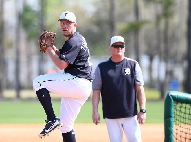 Tigers pitcher Jordan Zimmermann throws live batting practice.