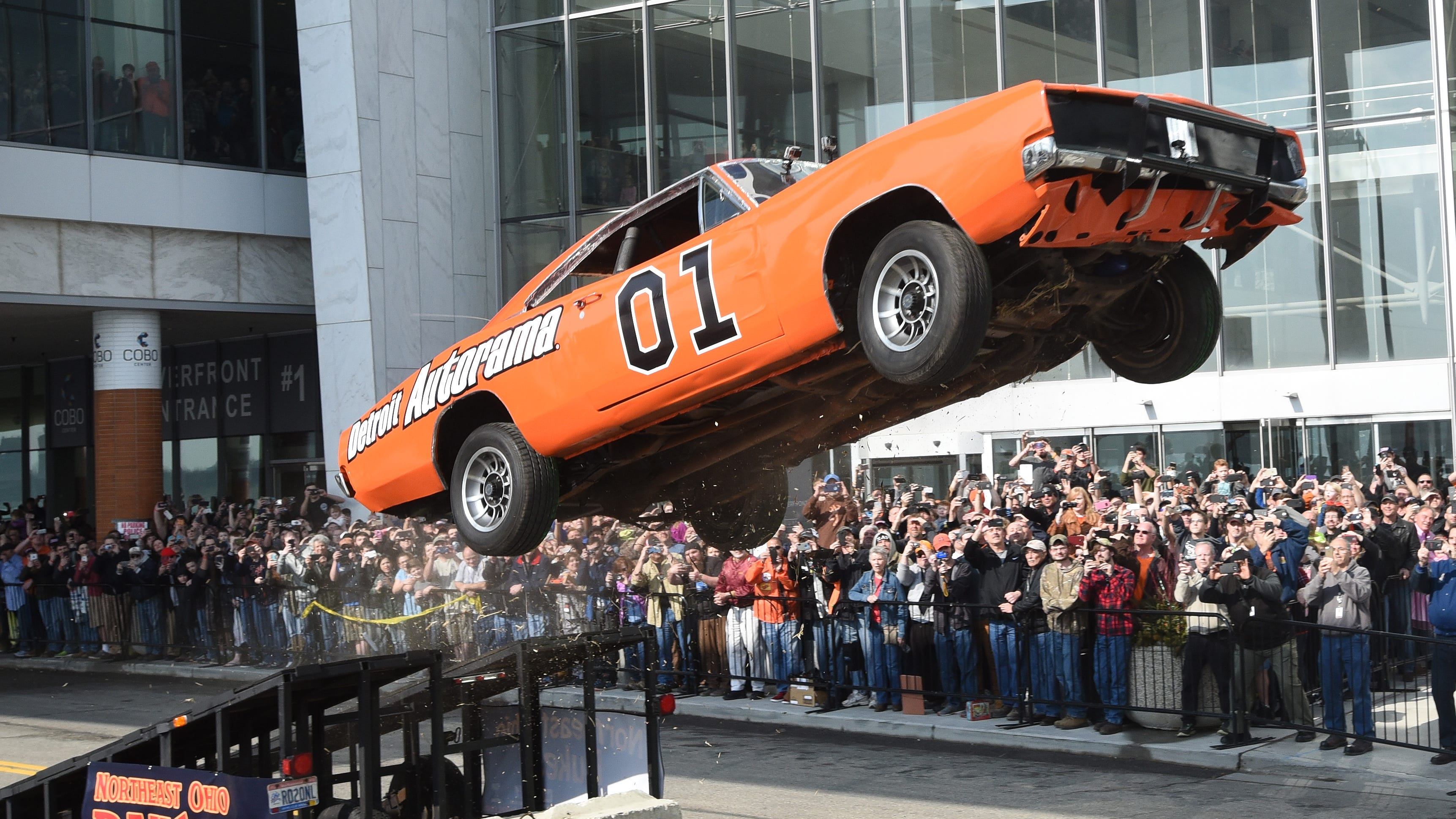 Detroit council grounds Autorama jump due to Confederate imagery
