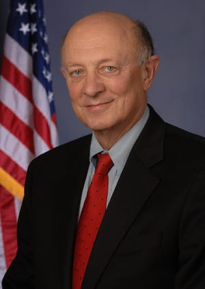 Former CIA Director James Woolsey will present at a conference at Ripon College on April 13.