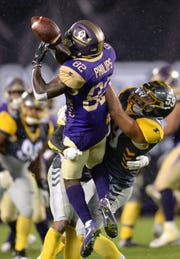 San Diego Fleet linebacker AJ Tarpley breaks up a pass intended for Atlanta Legends wide receiver Ervin Philips at SDCCU Stadium.