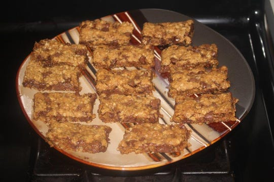 Gloria shares a recipe for Julia's quick bars in this week's column.