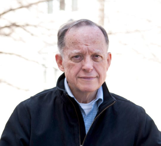 The estate of late Carroll Univesity alumnus Bill Yersin donated $5.5 million to the Waukesha college. The money will be used to establish new business scholarships and an endowed faculty position.