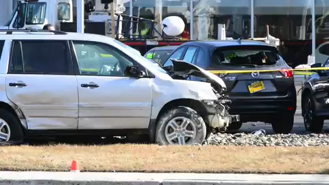 Three killed in multi-car crash on Route 23 in Wayne