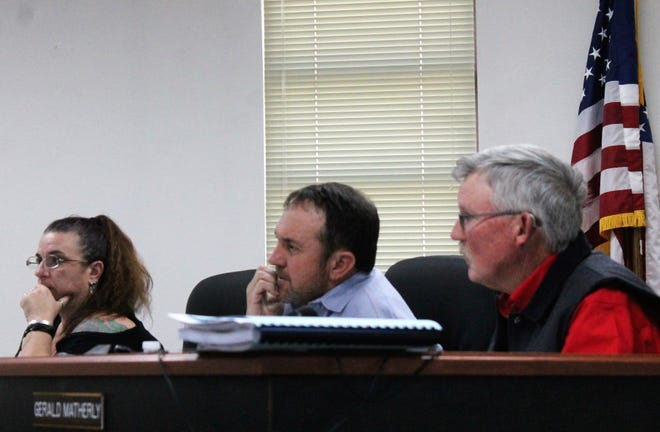 The Otero Count Commission from left, Commissioner Lori Bies, Commission Chairman Couy Griffin and Commissioner Gerald Matherly approved a resolution declaring that Otero County is not a sanctuary county at their regular meeting on Feb. 14.