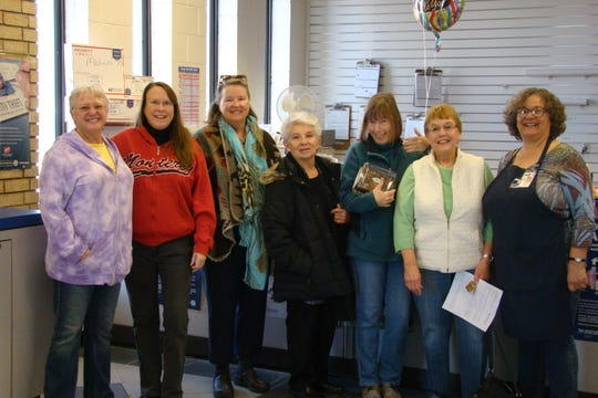Pictured,left to right, ares Carla Margis, Anne Exterkamp, Joan Malkerson, Polly Chavez, Molly Sheahan, Nordis Estreem and Donna Bradley.