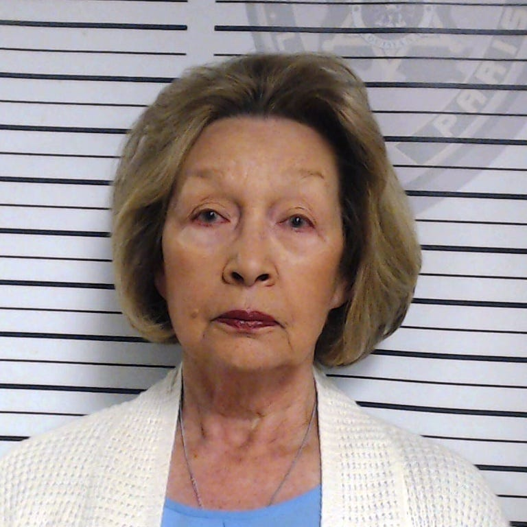 Opelousas woman allegedly shoots pet llama after it attacks her