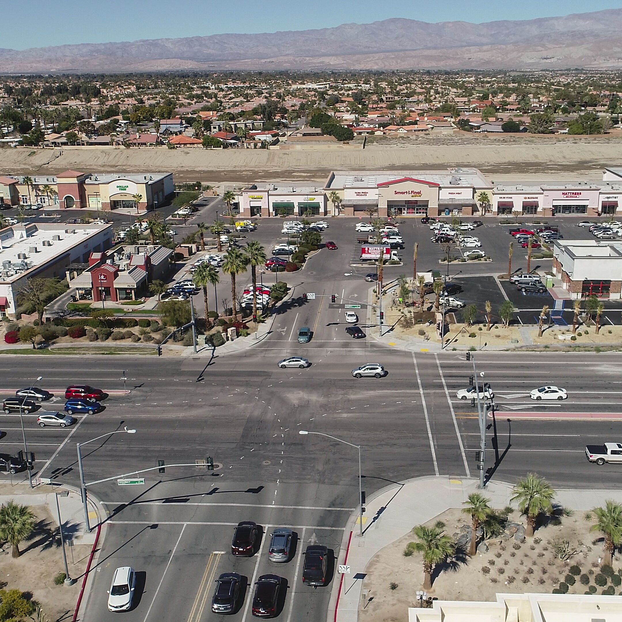 La Quinta hoping to upgrade its stretch of Highway 111 from big-box stores to 'retail-tainment'