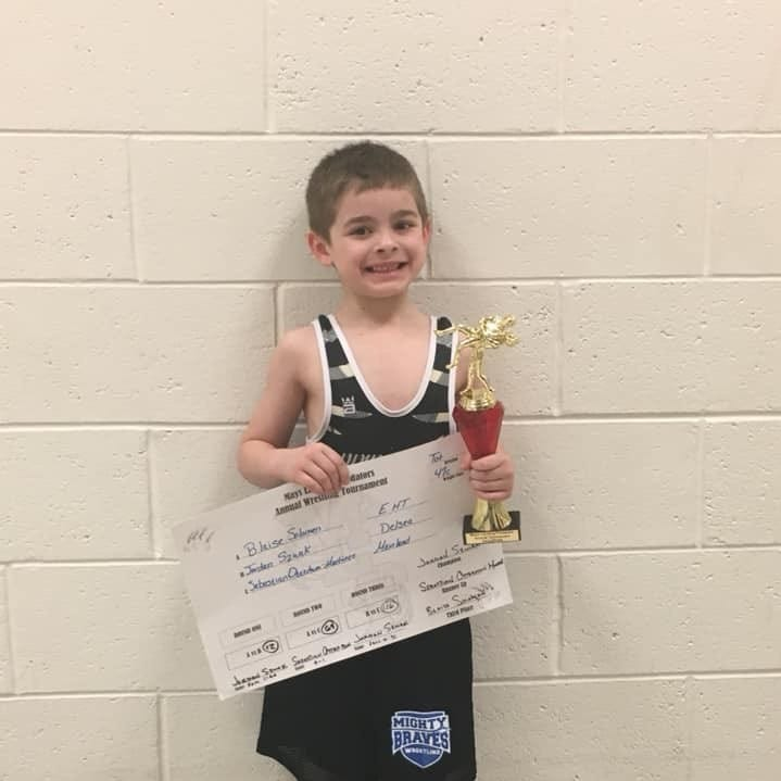 Pride Wrestling Club, Delsea Juniors shine at Predator tourney